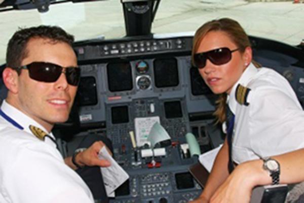ATPPic Flight School Van Nuys Airport Encore Flight Academy
