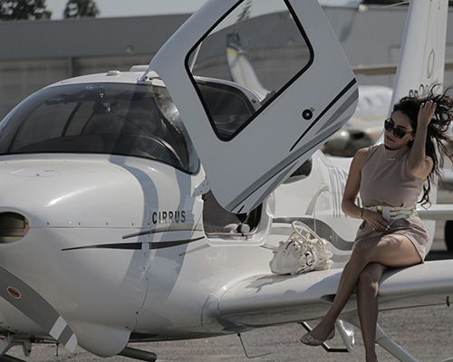 Luxury-Discovery-Flgiht Flight School Van Nuys Airport Encore Flight Academy