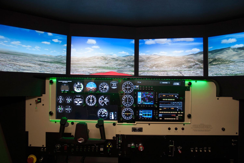 Full Motion Flight Simulator | Encore Flight Academy