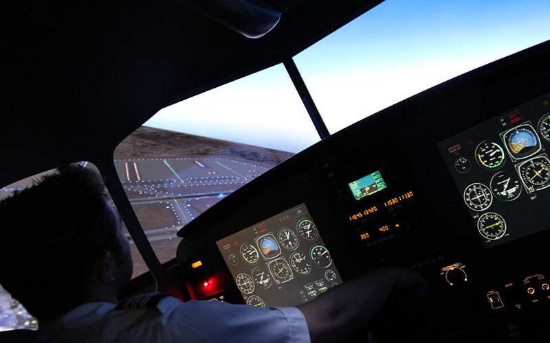 Mutli-Engine-flight-training-using-flight-simulator Multi Engine Course Encore Flight Academy