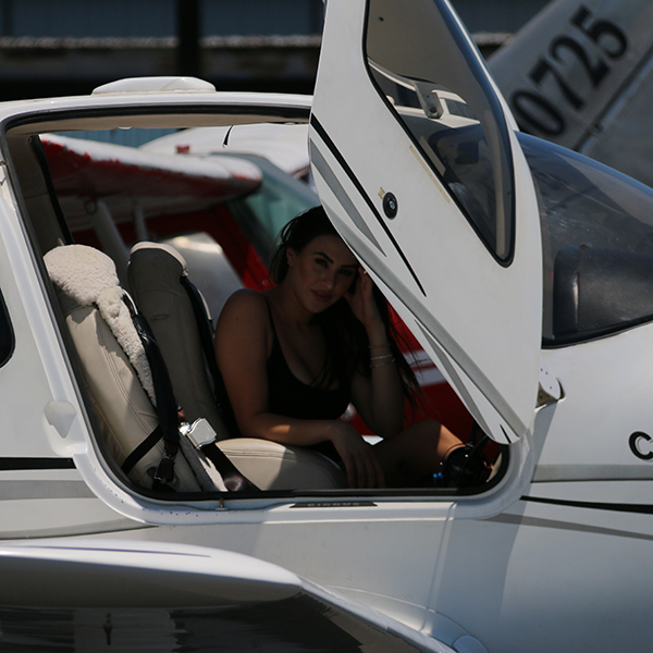 Cirrus Cirrus Aircraft Flight Training Los Angeles