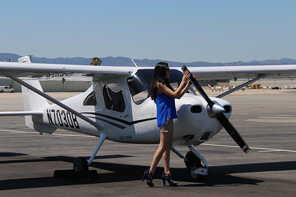 Cessna-162-Encore-Flight Cessna 162 Skycatcher Aircraft Rental Los Angeles